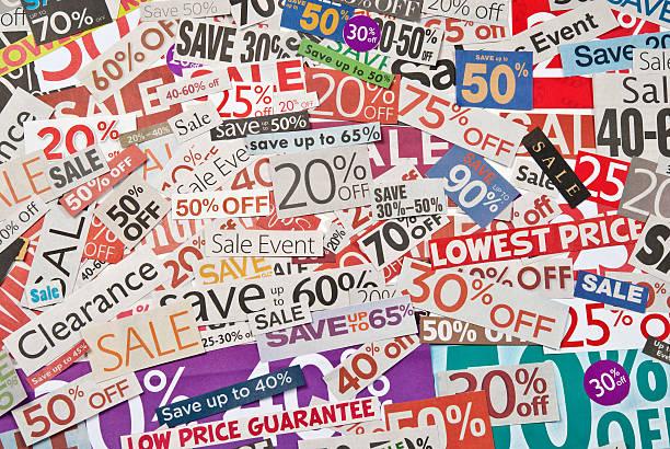 sale-beschilderung, tageszeitung und flyers clippings-xxvii - matheblatt etiketten stock-fotos und bilder