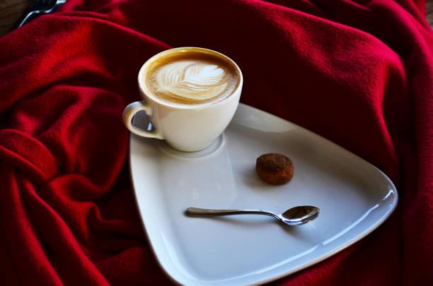 salep, geleneksel türk sütü içeceği - isı sıcaklık stok fotoğraflar ve resimler