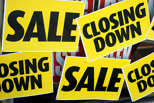 Sales, closing down Sales, closing down signs salé morocco stock pictures, royalty-free photos & images