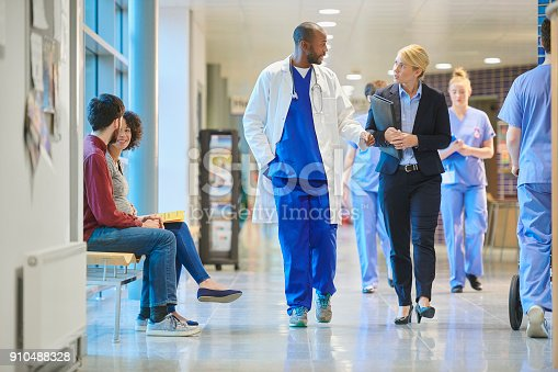 istock sales person at the hospital 910488328