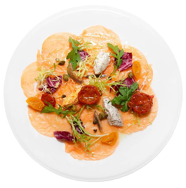 carpaccio vom lachs - carpaccio salat stock-fotos und bilder