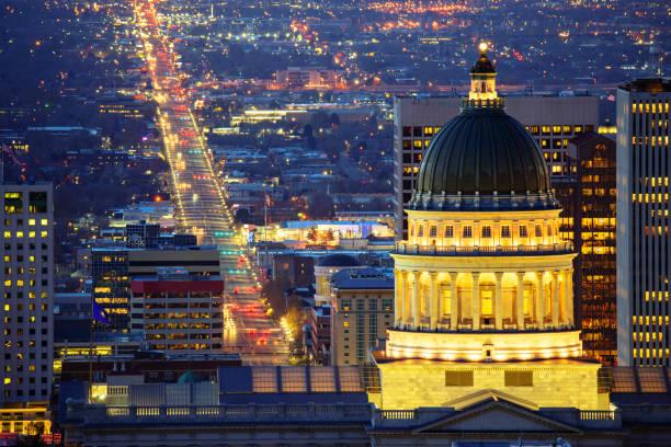 Salt Lake City mit Parlamentsgebäude – Foto