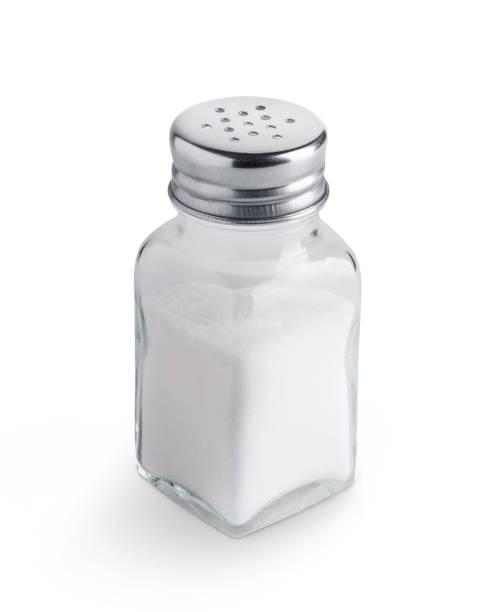 salt shaker isolated on white background - sól przyprawa zdjęcia i obrazy z banku zdjęć