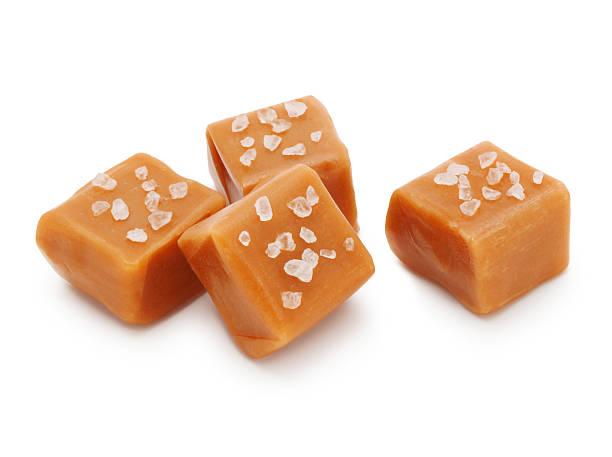 salted caramel candies - fudge stockfoto's en -beelden