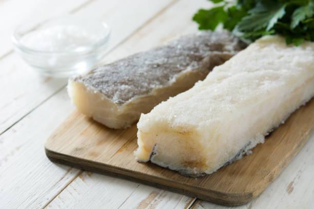 salted dried cod - cod imagens e fotografias de stock