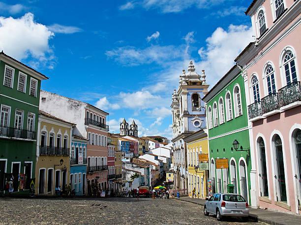 Salvador Brazil Pelourinho's Street, em um dia ensolarado de verão - foto de acervo