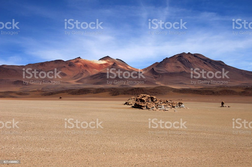 Salvador Dali desert and colorful mountains in Bolivia Lizenzfreies stock-foto