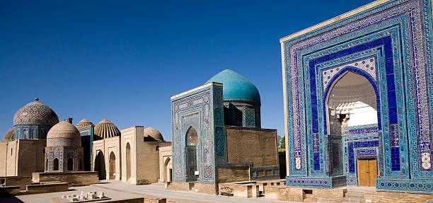 samarkand, the avenue of tombs-shahr-i-zindah - oezbekistan stockfoto's en -beelden