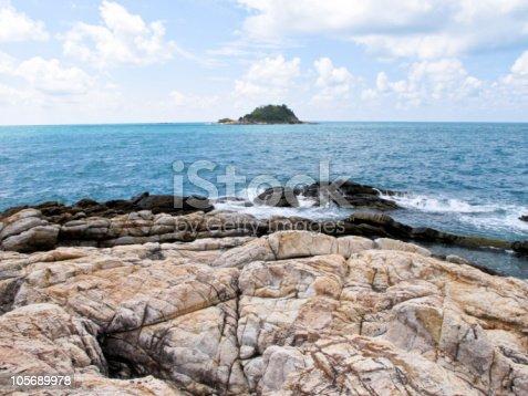 483422527istockphoto samed island 105689978