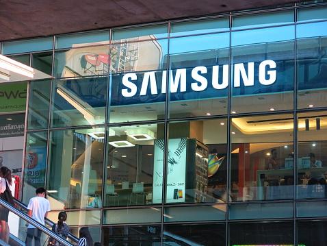 Samsung Store Tailandia - Fotografie stock e altre immagini di 2015