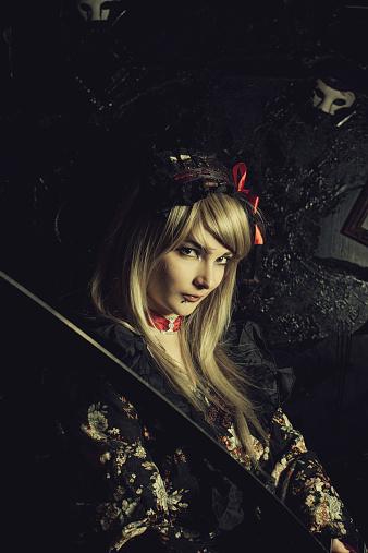 istock Samurai girl 528738891