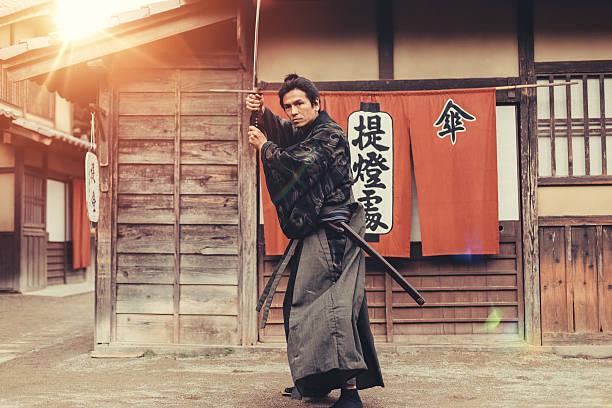 samurai krieger - ninja krieger stock-fotos und bilder