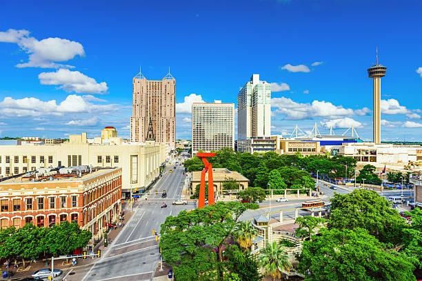 San Antonio Skyline San Antonio, Texas, USA downtown skyline. san antonio texas stock pictures, royalty-free photos & images