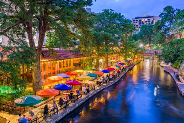 San Antonio, Texas, USA San Antonio, Texas, USA cityscape at the River Walk. san antonio texas stock pictures, royalty-free photos & images