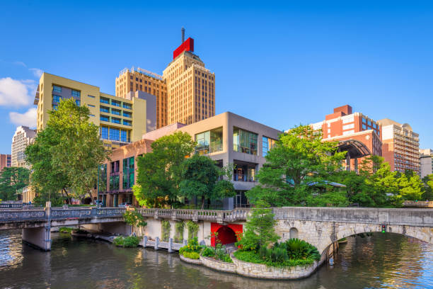 San Antonio, Texas, USA San Antonio, Texas, USA downtown skyline on the river walk. san antonio texas stock pictures, royalty-free photos & images
