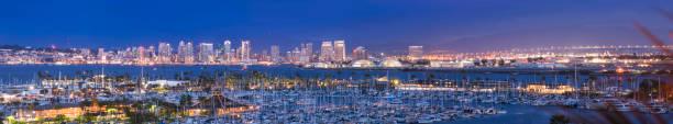 San Diego Stadtbild Sonnenuntergang – Foto