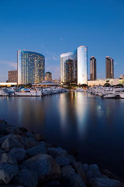 skyline von San Diego und den Yachthafen – Foto