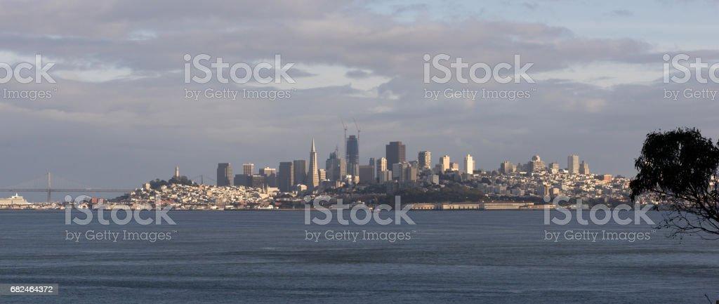 三藩市加利福尼亞市中心城市天際線漁人碼頭新建築 免版稅 stock photo