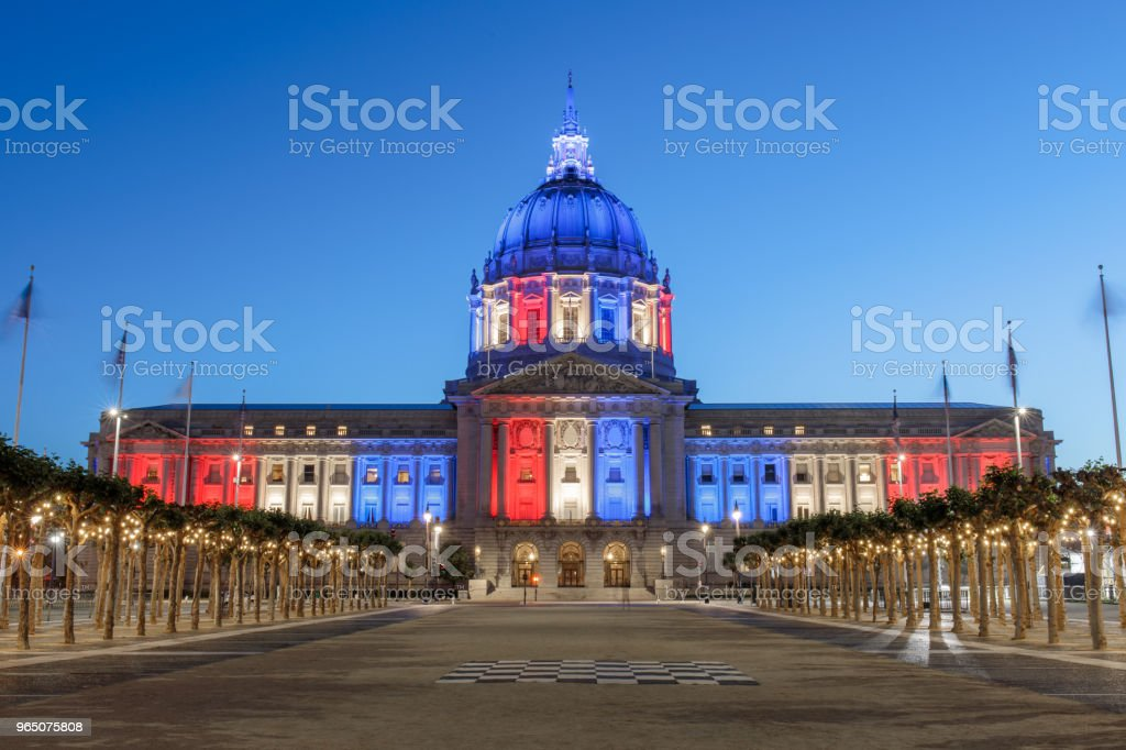 San Francisco City Hall illuminated in Memorial Day Colors. zbiór zdjęć royalty-free