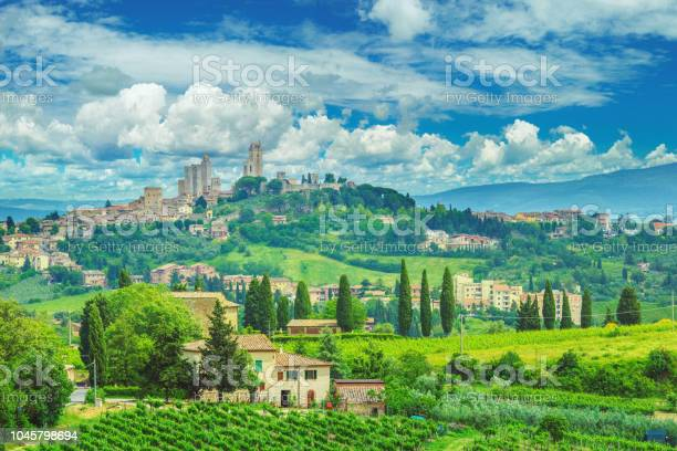 San gimignano in tuscany and the italian countryside picture id1045798694?b=1&k=6&m=1045798694&s=612x612&h=wksg1ulxeul2isxoa 01 rzyjcwnv4mtkmd 4ziory4=