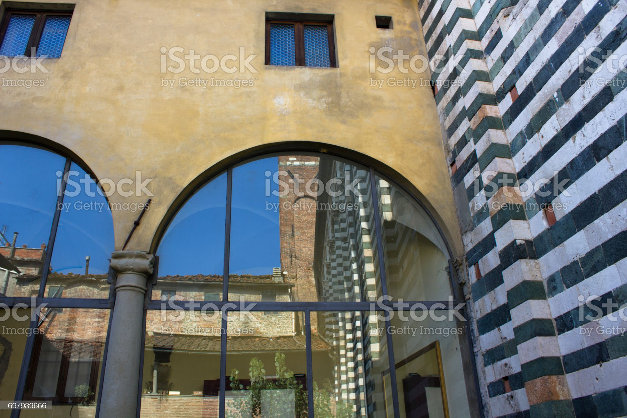 PISTOIA ITALY : San Giovanni Fuorcivitas, inside - Foto stock royalty-free di Città di Pistoia