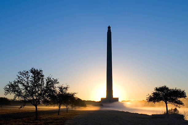san jacinto monument at dawn - monument bildbanksfoton och bilder