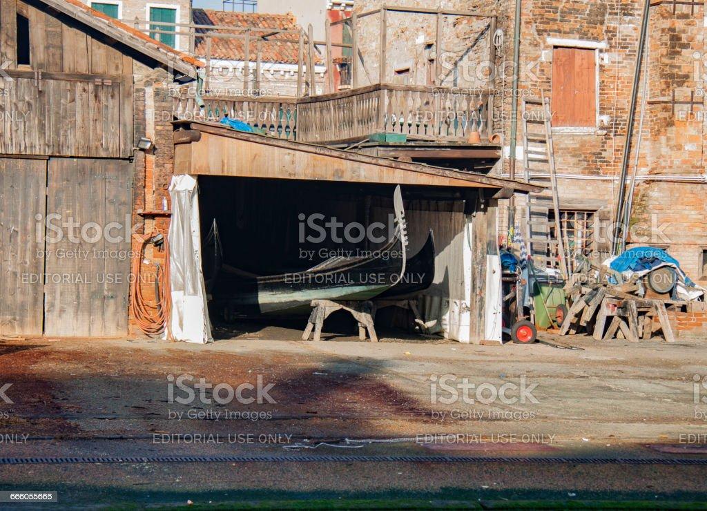 San Travaso gondola workshop in Venice стоковое фото
