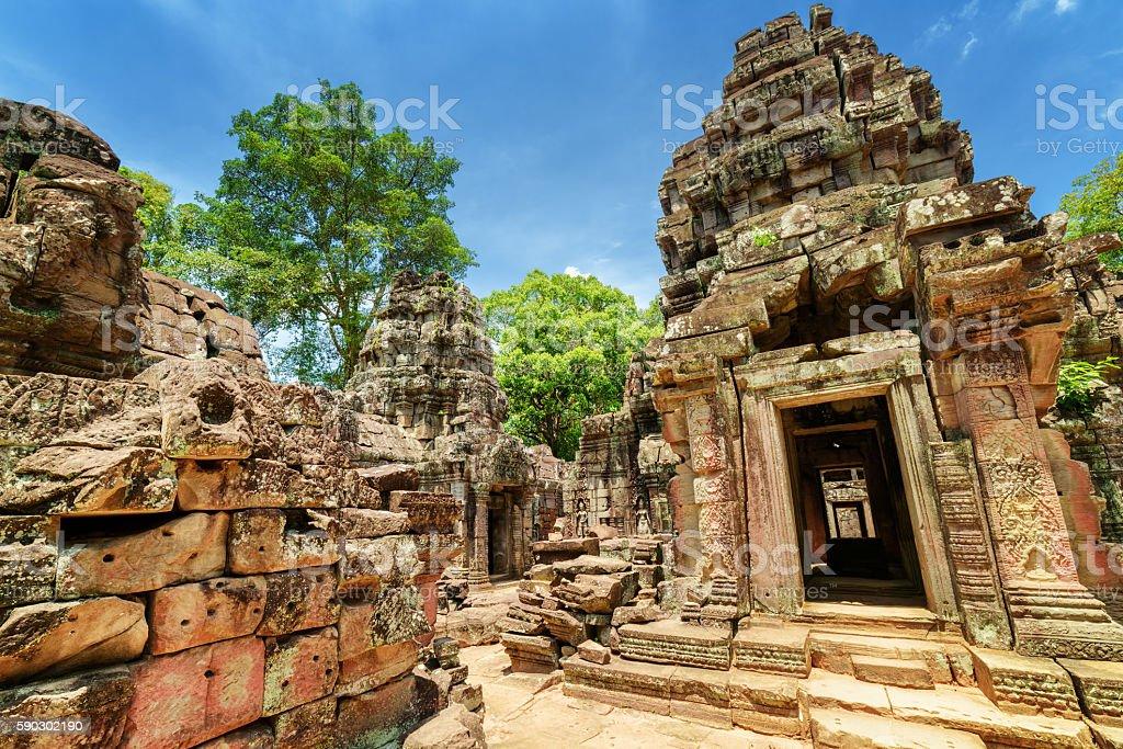 Sanctuary and ruins of ancient Ta Som temple in Angkor, royaltyfri bildbanksbilder
