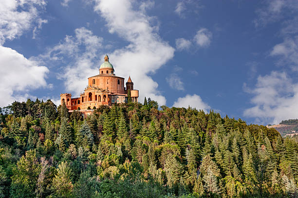 sanctuary z madonna di san luca, bolonia, włochy - bolonia zdjęcia i obrazy z banku zdjęć