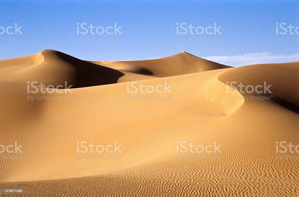 Sanddünen in Libysche Wüste - Lizenzfrei Abenddämmerung Stock-Foto