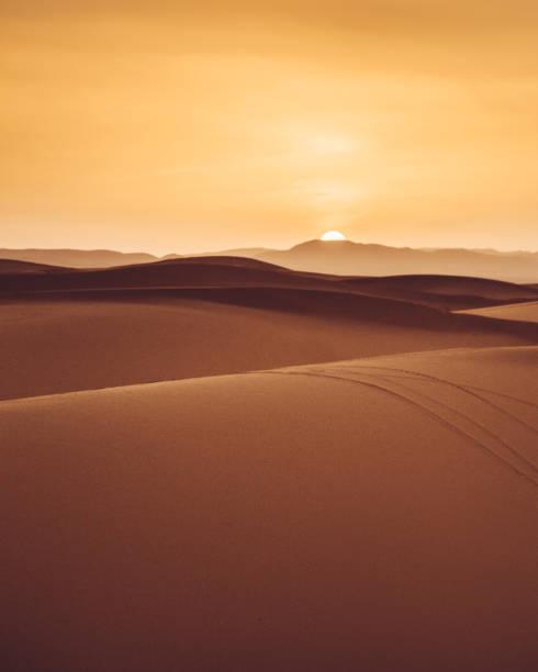 사막에서 모래 언덕 - 사구 지형 뉴스 사진 이미지