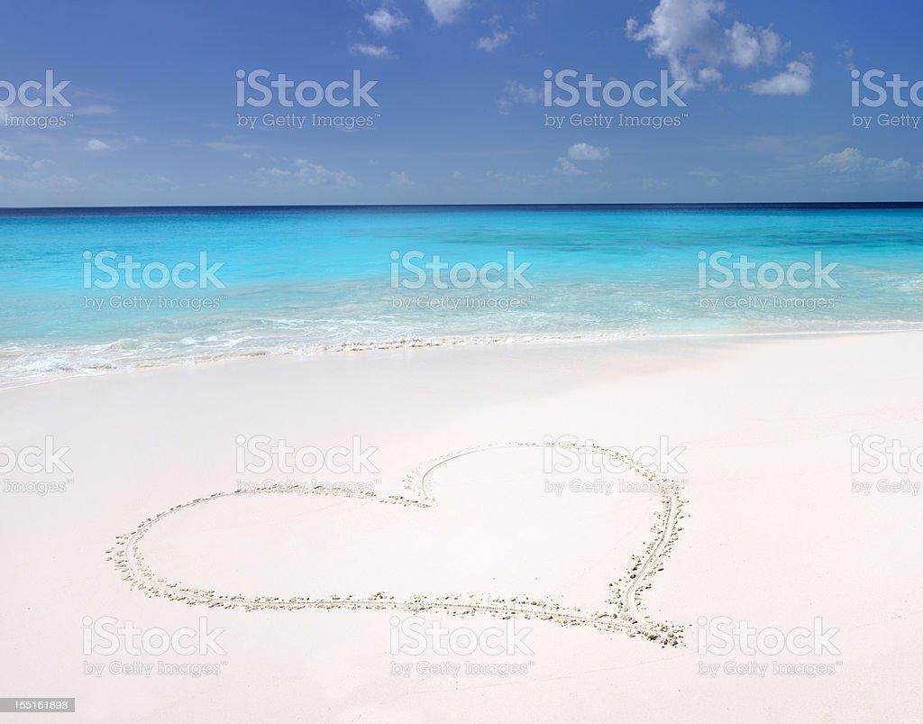 Sand Heart, Tropical Paradise Beach (XXXL) stock photo
