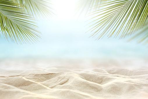 Bulanık Deniz Gökyüzü Arka Plan Ile Yaz Günü Kum Stok Fotoğraflar & Ada'nin Daha Fazla Resimleri