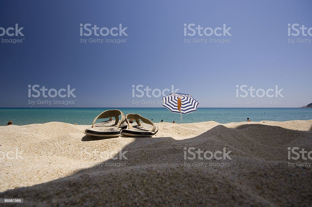 sandals e spiaggia foto stock royalty-free