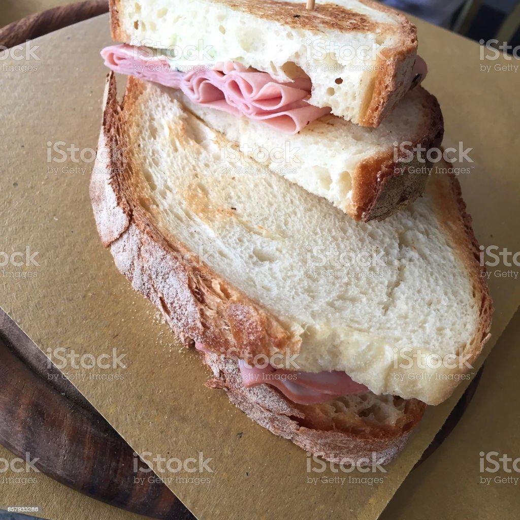 Sandwich mit mortadella – Foto