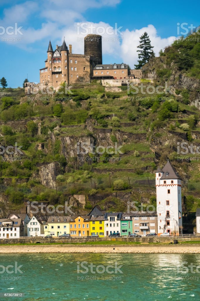 Sankt Goarshausen in Nassau on the eastern shore of the Rhine, across the river from Sankt Goar, Rhineland-Palatinate, Germany stock photo