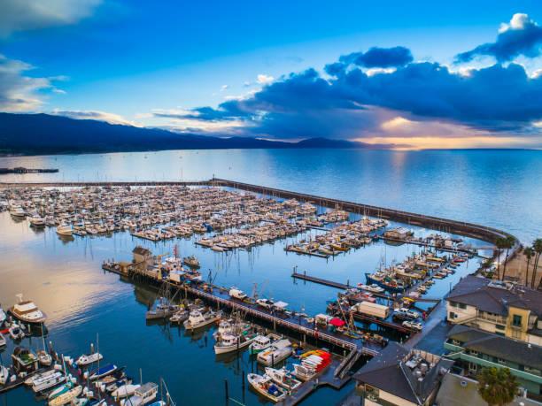 Hafen von Santa Barbara bei Sonnenaufgang – Foto