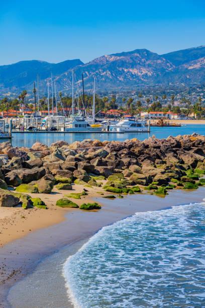 Santa Barbara Hafen mit Booten gefüllt – Foto