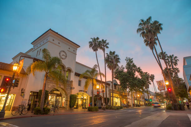 Santa Barbara Picture was taken on March 17, 2015 in Santa Barbara. State street is the main street in Santa Barbara where people find shopping and restaurants. santa barbara california stock pictures, royalty-free photos & images