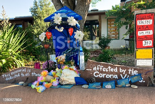 Santa Fe, NM: A coronavirus memorial in front of a home near downtown Santa Fe during New Mexico's COVID-19 sign, pandemic.