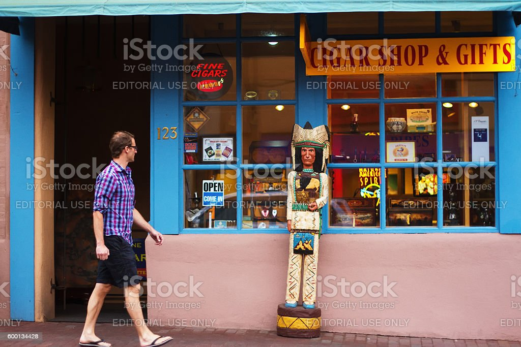 Santa Fe Nm Touristshopper Us Flag Native American Handicrafts Stock Photo More Pictures Of 40 49 Years Istock