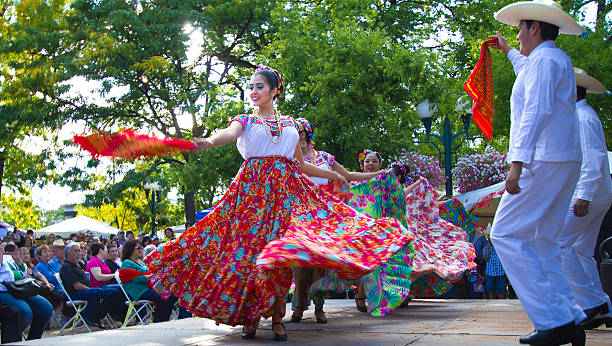 santa fe, nm: troupe performs mexican folk dance on plaza - traditional ceremony stock pictures, royalty-free photos & images