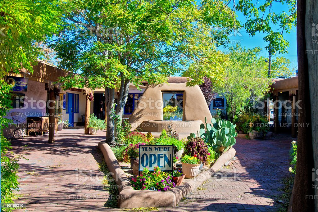 Old Town Santa Fe >> Santa Fe Style Old Town Plaza Courtyard Stock Photo