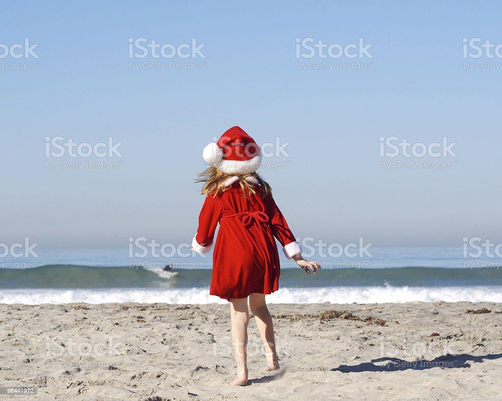 Garota de Papai Noel, o surfista assistindo-Series - Foto de stock de Areia royalty-free