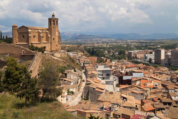 santa maria church and the city of balaguer - lleida стоковые фото и изображения