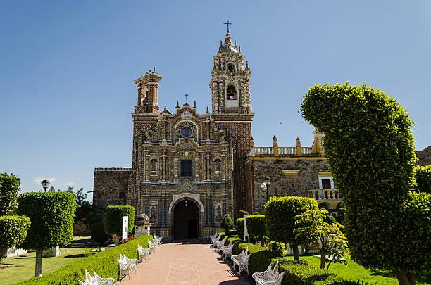 Santa Maria church Santa Maria church in Tonantzintla, Mexico puebla state stock pictures, royalty-free photos & images