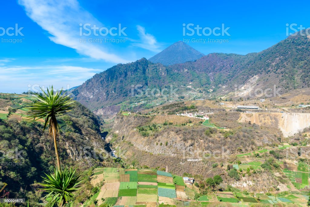 Santa Maria Volcano Active Volcanoes In The Highlands Of Guatemala