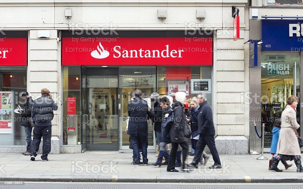 Banco Santander, en el centro de Londres - foto de stock
