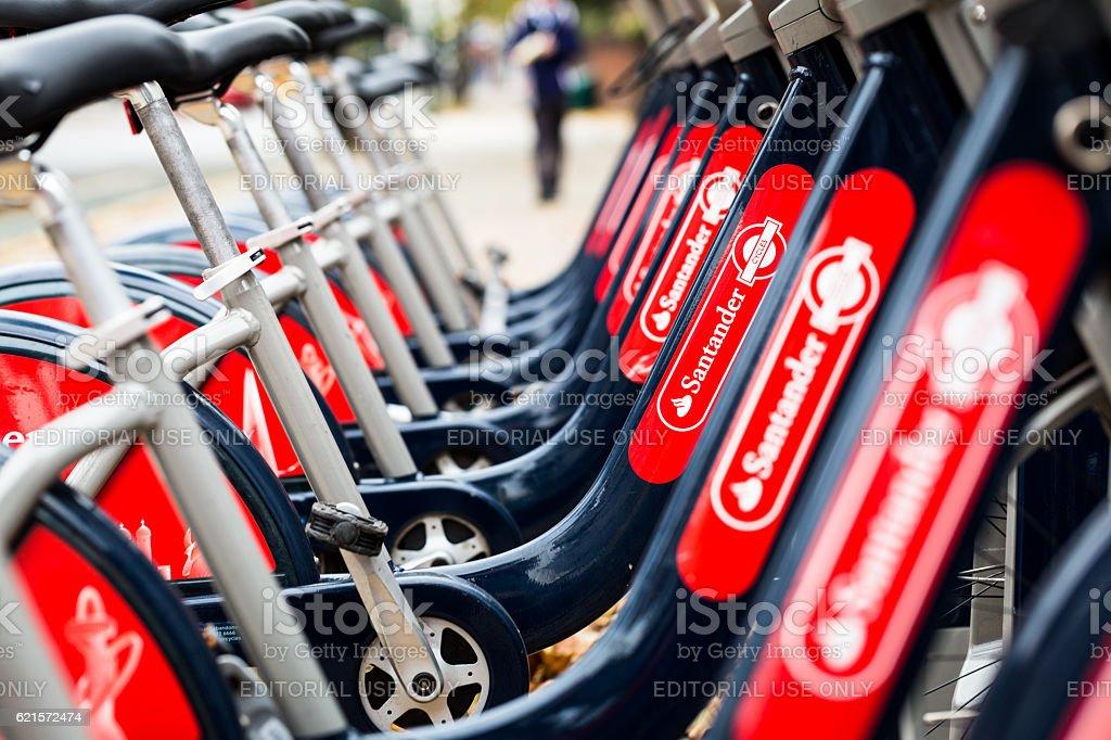 Santander bicycles for hire near Waterloo, London, UK photo libre de droits