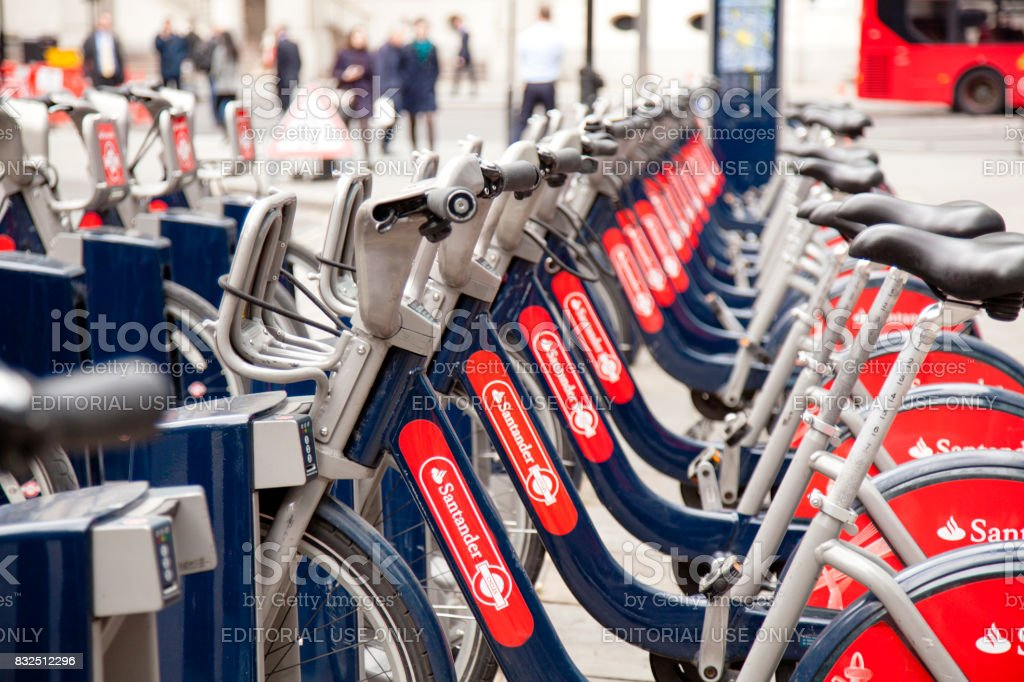 Santander Alquiler de bicicletas de alquiler en Londres. - foto de stock